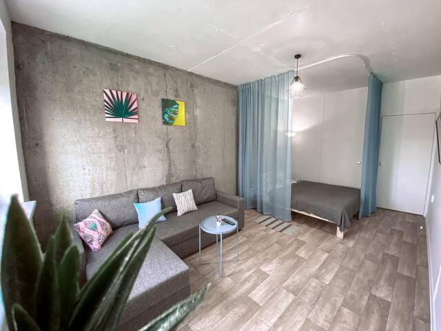 Уютная квартира на берегу моря в современном стиле