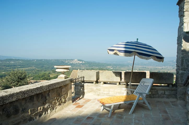 Amazing terrace in historical house - Bonnieux - Apartment