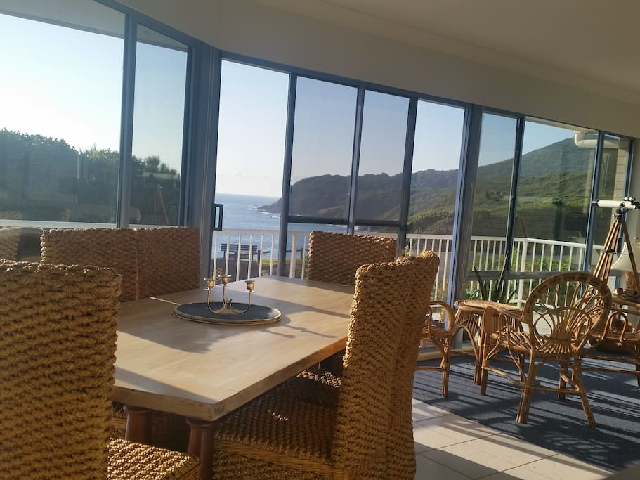 Dining and entertaining with 5 star views