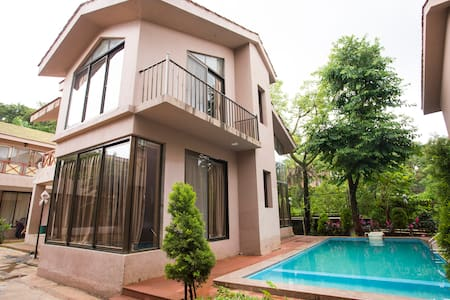 Lonavala Pool View - The Aqua Villa - 2BHK
