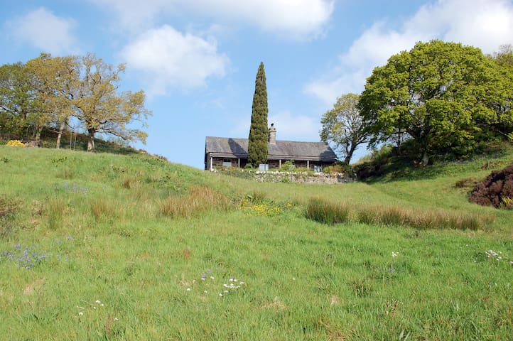 Secluded hill top cottage set in 30 acres