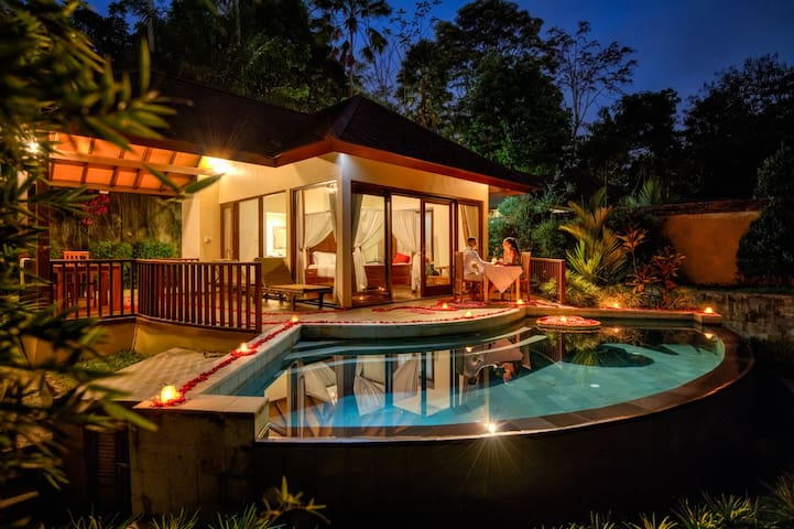 1 bedroom villa with pool and jungle Valley View 2