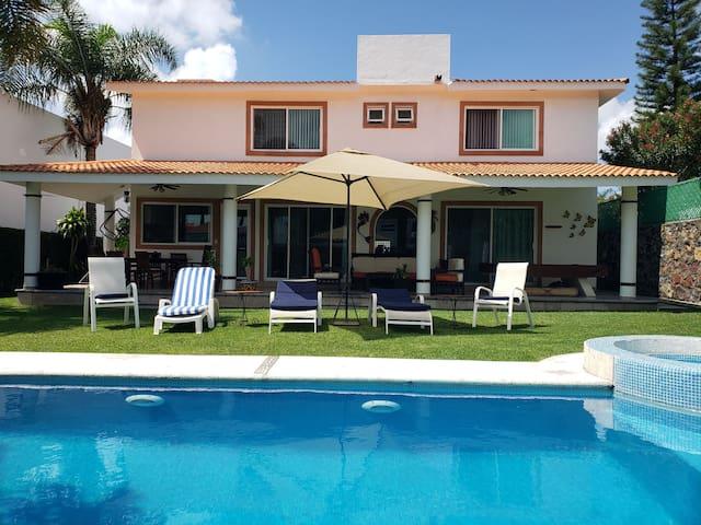 Casa Sol - Lomas de Cocoyoc