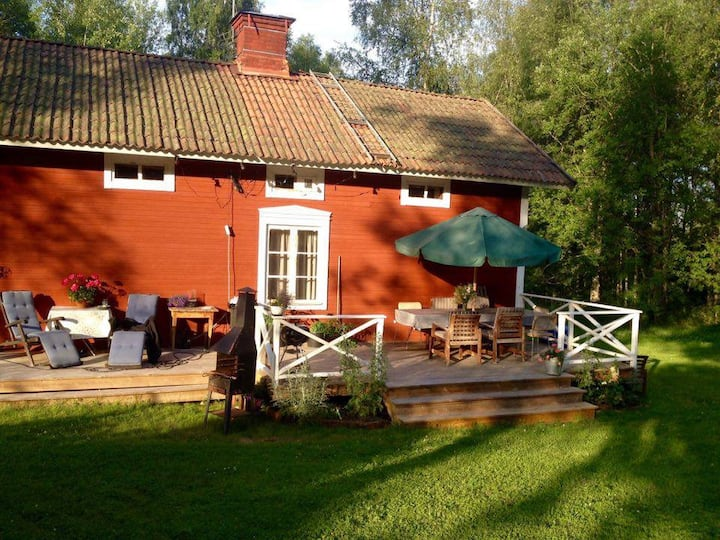 Nice cottage in the heart of Sweden