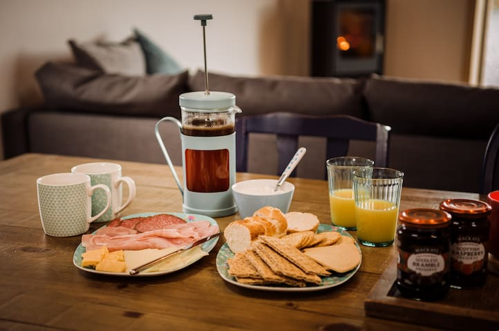 Continental Breakfast is included in the price. We can also cater for gluten free and vegan diets.