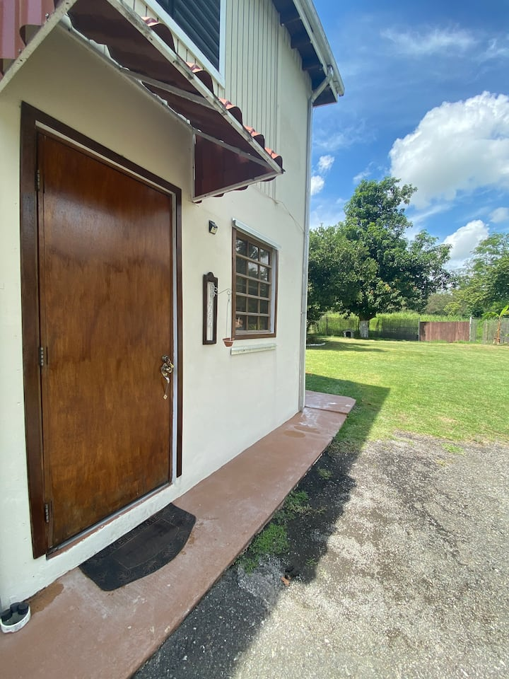 Apartment in Ponce with Wifi and A/C