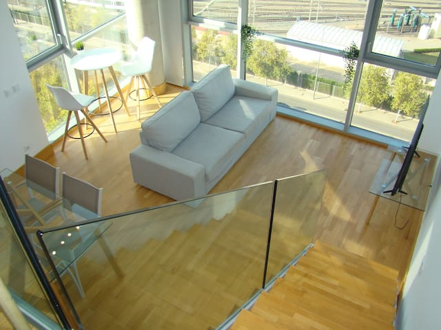 LOFT duplex apartment in Valencia - free Parking