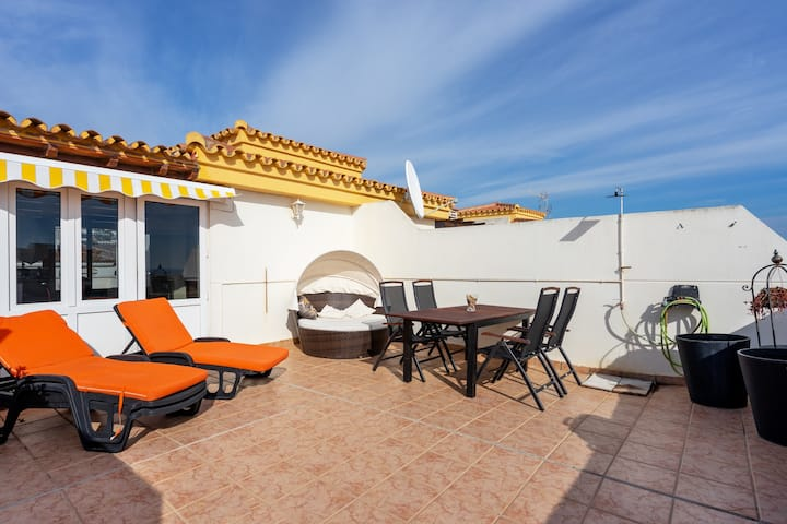 Stunning Penthouse with sea view in Torremolinos