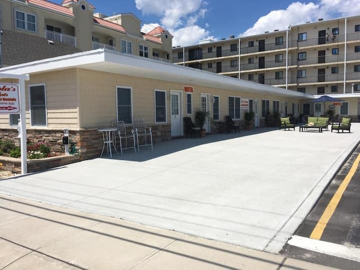 50 FT. TO BOARDWALK & SANDY WHITE BEACHES/2 Bd/#1