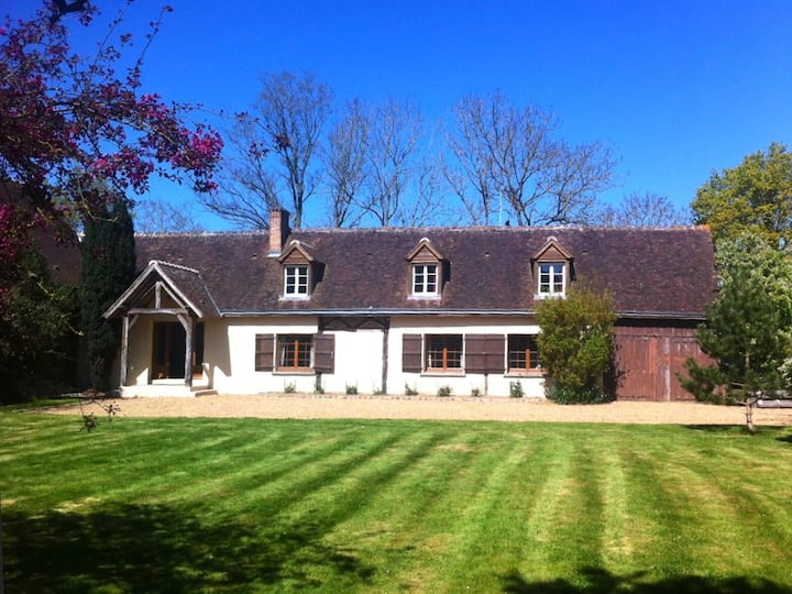 Spacious Country House, Jacuzzi