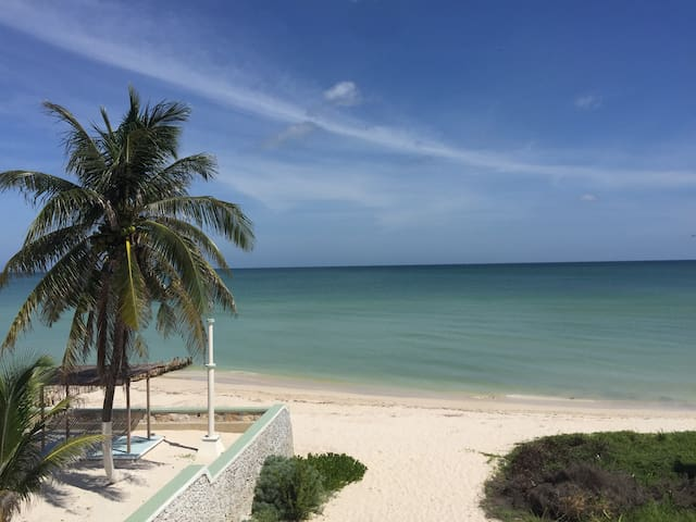 Casa Azul de Playa Chuburna