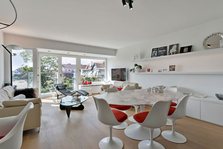 Top location! Unique luxurious 2-bedroom apartment in Knokke - 't Zoute
