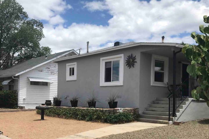 Charming home near historic Prescott!