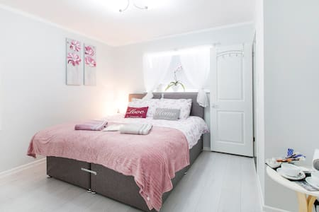 Spacious double/twin en-suite! -OX1 - Oxford