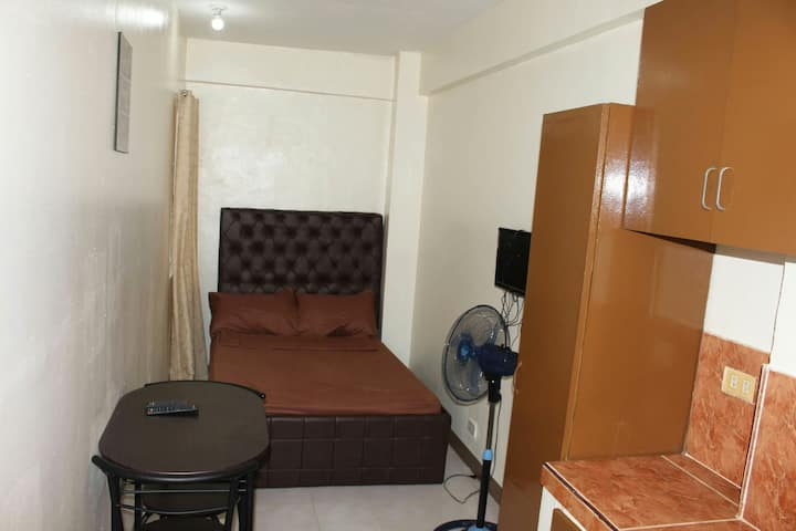 {2E} Cheap Studio Near Pasig City Hall