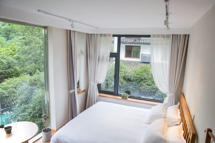 [三支民宿]西湖边风景如画的民宿大床房 - หางโจว - เกสต์เฮาส์