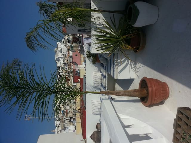 Room in a wonderful house in tanger - Tangier - Huis