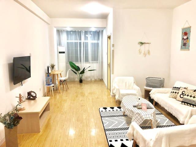 三里河新利群御龙广场日式高端套间-考拉公寓