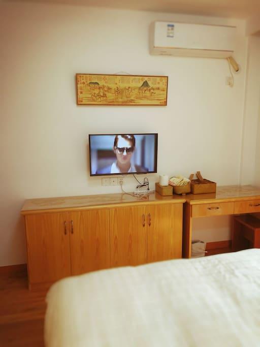 卧室wifi电视。