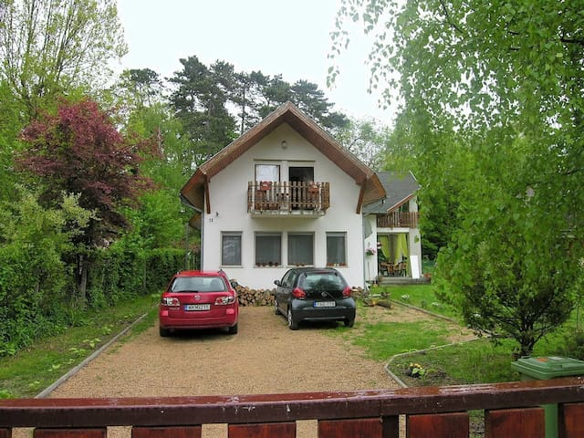 Apt for 6+2 persons in Balatonszemes R73463