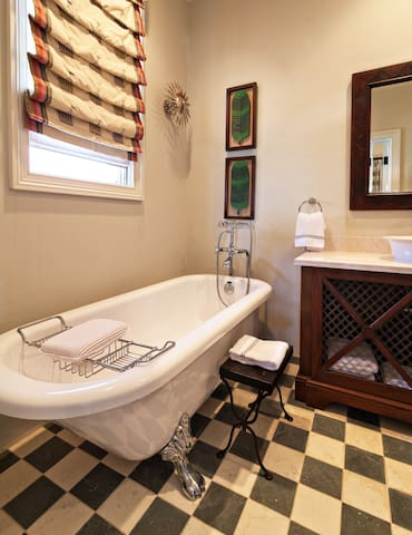 Ensuite bath with shower