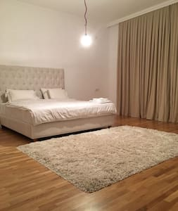 Luxury villa near airport. - Baku