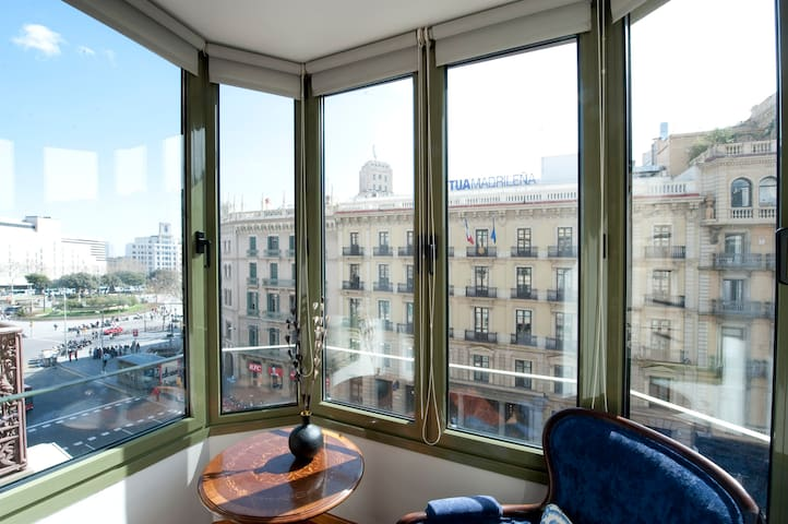 PLAZA CATALUNYA VIEWS APARTMENT