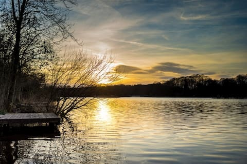 LakeHouse in the Heart of Warwickshire