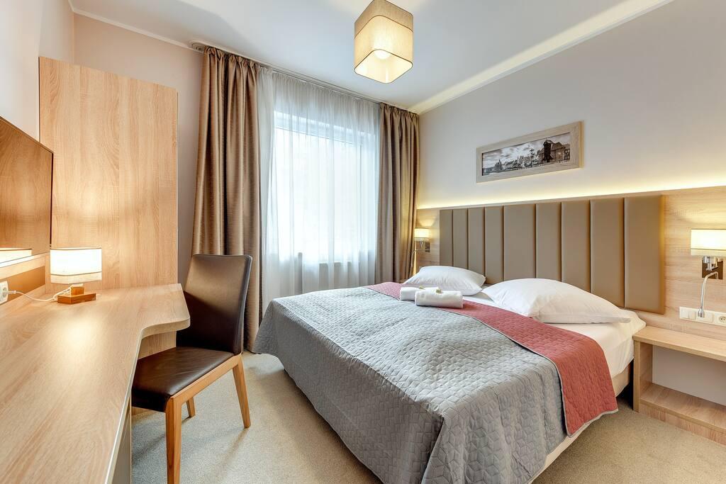 sypialnia nr 1 (2 x 90 cm lub 1 x 180 cm)