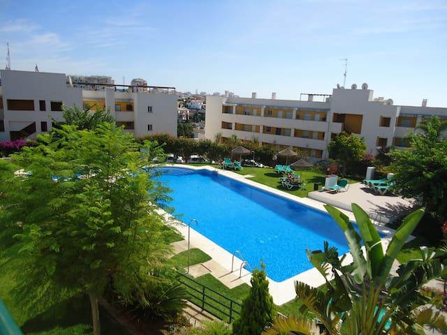 Apartamento ideal para parejas y/o familias. - Mijas