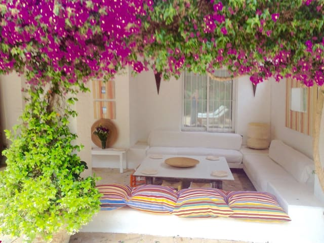 Beautiful house with private pool 10 min to center - Ibiza - Talo