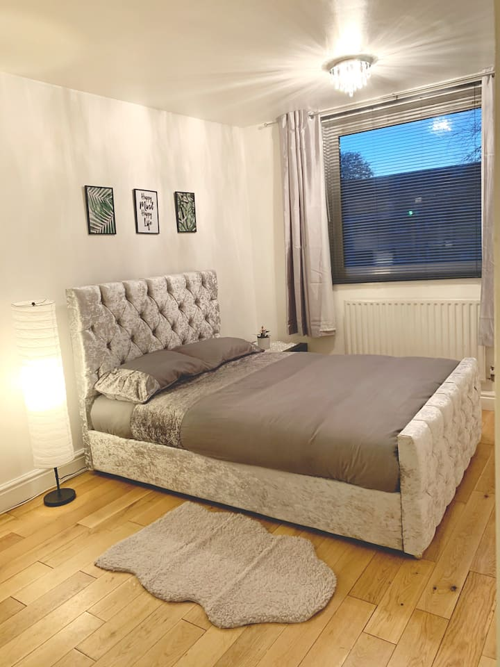 Stylish And Clean Apartment In Clapham North