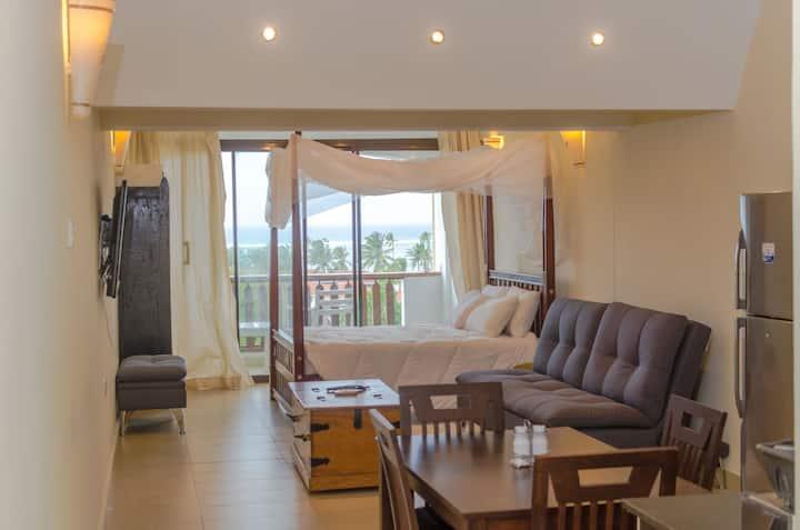Chrystal Baharini Beachfront Studio Apartment 2