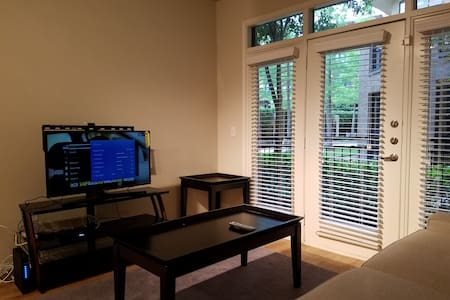 Urban Living T3-Fully Furnished Apartment in Plano - Plano