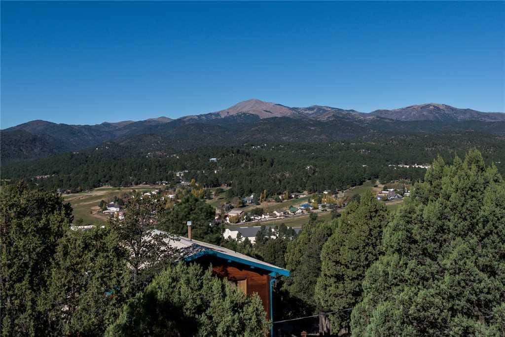 Spectacular View - No mater where you are in Ruidoso, the view is amazing!