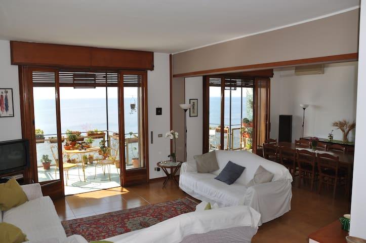 Casa esclusiva con il mare di Acitrezza a 20 passi - Aci Castello - Wohnung