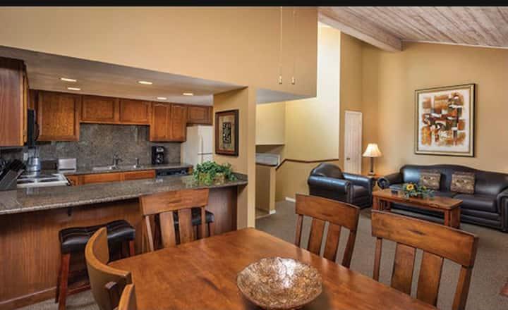 FS4 2 Bedroom  Condo at Wyndham Flagstaff Resort