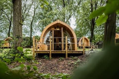 Luxury Lancashire Micro-Lodge, Holly