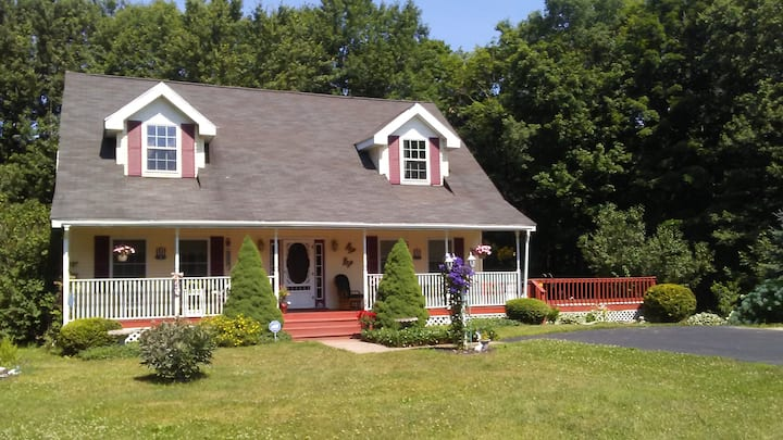 Beautiful private spacious home in country setting