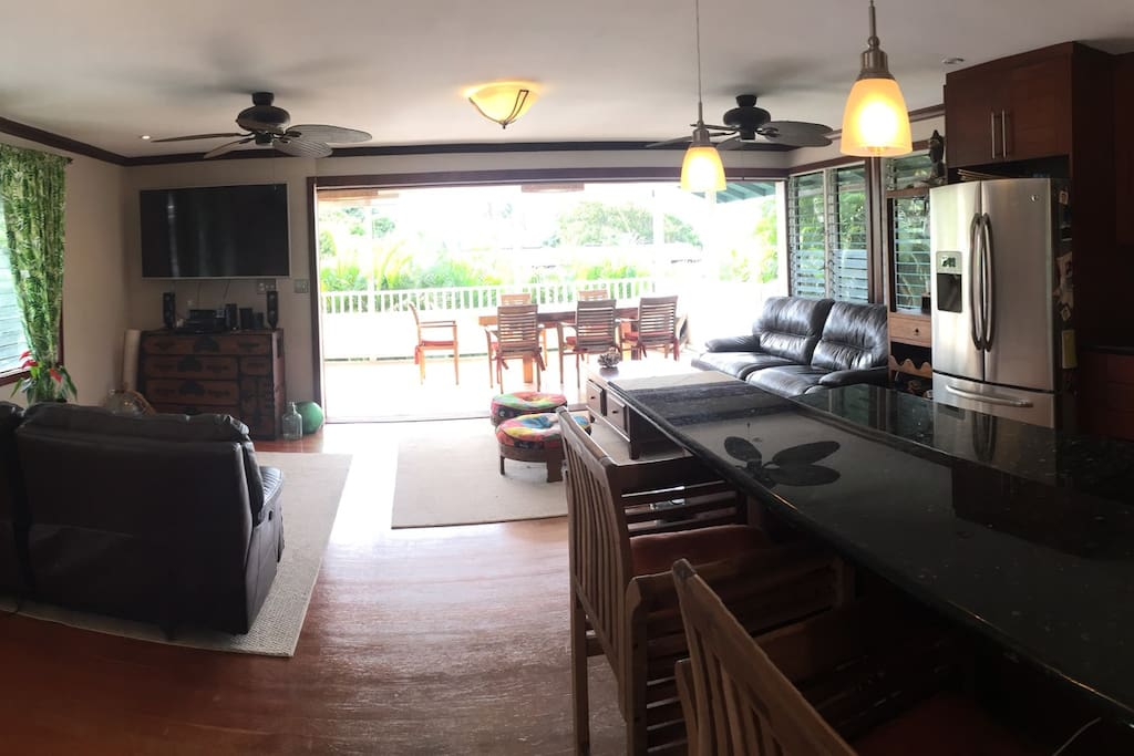 Fresh air and open living space overlooking Kaneohe Bay. Sliding doors can slide closed completely.