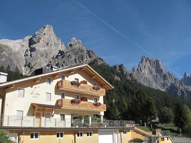 La pace dei sensi ai piedi delle montagne - San Martino di Castrozza - Apartment
