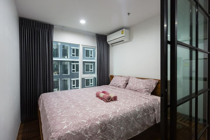 Private Cozy room near JJ Market, wifi/pool/gym