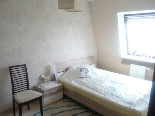 Comfy, quiet room close to the center of Gdansk - Gdansk - Bed & Breakfast