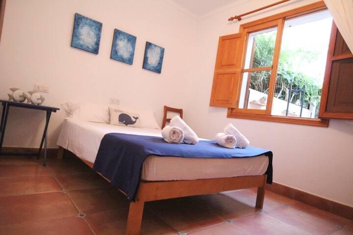 Nice house in Cala Morlanda. Consult discounts!! - S'Illot-Cala Morlanda - Dom