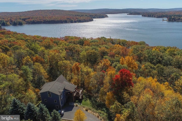 Deep Creek Lake Retreat
