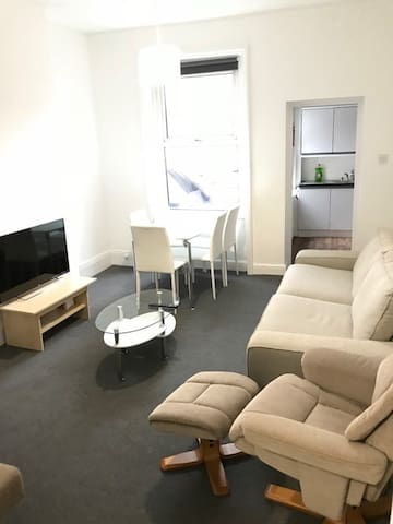 2 Bed Flat in prime Crouch End location!