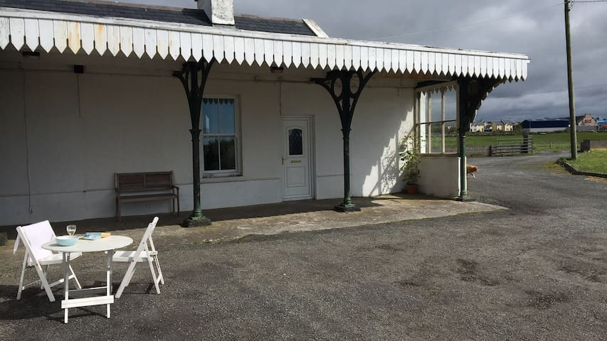 Miltown Malbay Station House Accommodation - Miltown Malbay - Leilighet