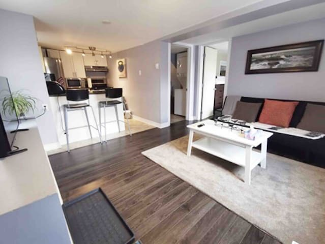 Downtown Dartmouth 1 Bedroom Apt with Harbour View