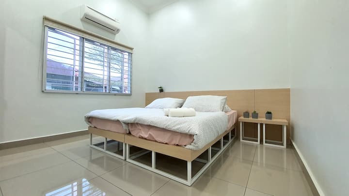 The Simple Hive Guest House | Homestay