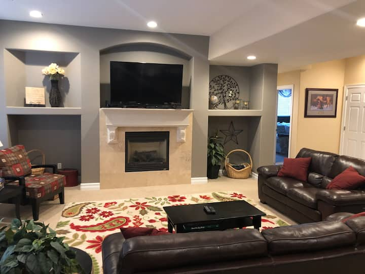 Luxury 2BR Private Suite Retreat, Parker near I-25